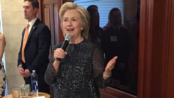 sfl-pictures-hillary-clinton-raises-money-in-s-001