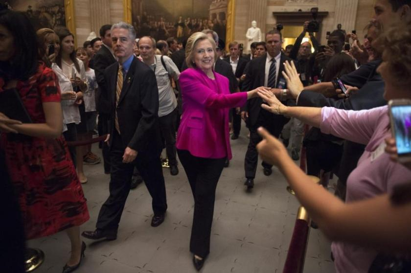 usa-government-senate-clinton-visits