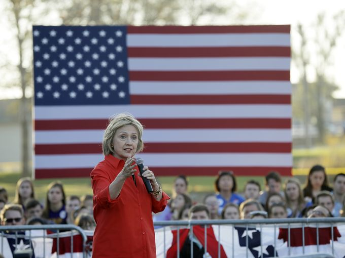 635821735373498249-APTOPIX-DEM-2016-Clinton-lehrler-dmreg.com-4