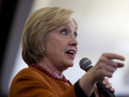 635952178054849479-DEM-2016-Clinton-Tilk