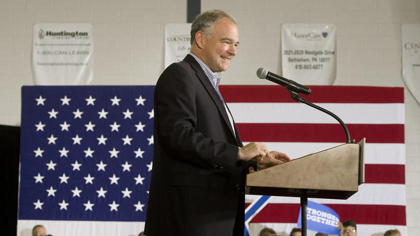 mc-pictures-tim-kaine-visits-the-lehigh-valley-040