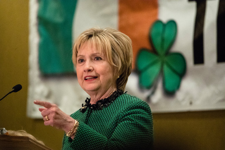 Hillary Clinton s email story continues to get harder and harder     Business Insider